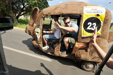 Rickshaw Challenge in India from the Travel Scientists. Race tuk tuks! You are encouraged to adapt a crazy alias, dress the part, we even customize your tuk tuk for you. Like these crazy Australian kangaroos.