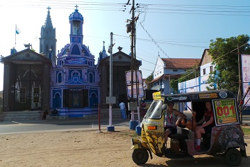 Rickshaw Challenge Tamilnadu Run Chennai Tamil Nadu crazy adventure tuk tuk race in India christian church