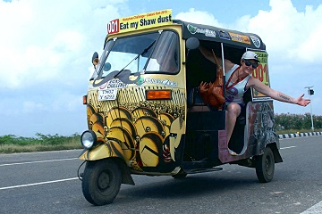 Rickshaw Challenge Classic Run Chennai to Trivandrum crazy adventure tuk tuk race in India 300 Spartans Leonidas