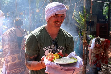 Rickshaw Challenge Classic Run Chennai to Trivandrum crazy adventure tuk tuk race in India Australian mustache turban