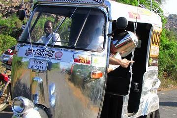 Rickshaw Challenge Travel Scientists tuk tuk race in India